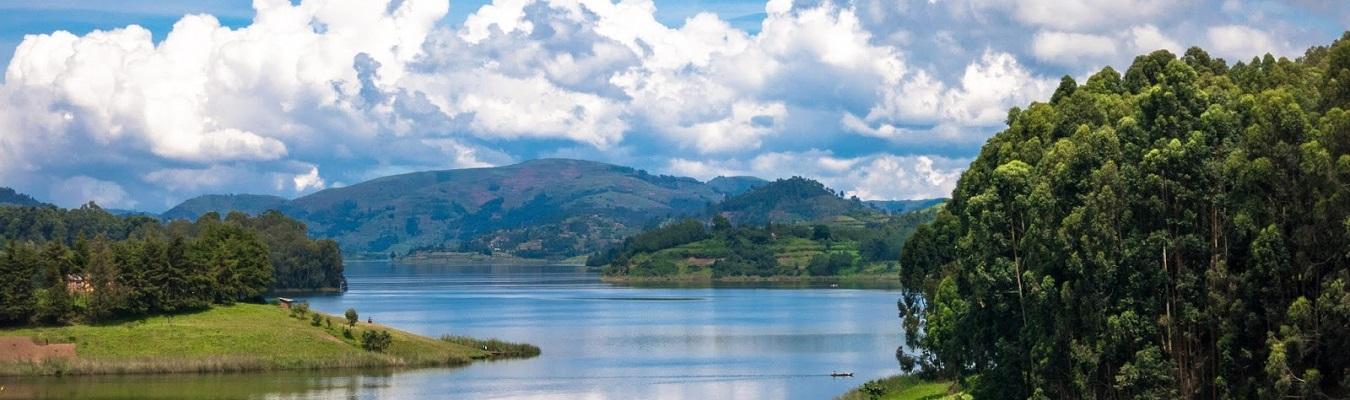 lake bunyonyi safari uganda