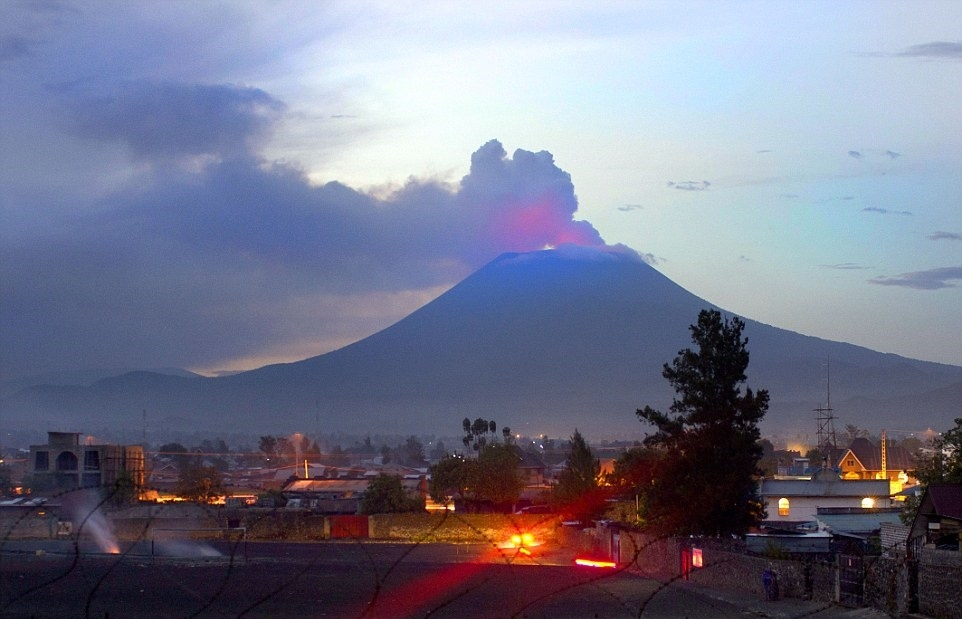 A view of Nyiragongo from Goma Town